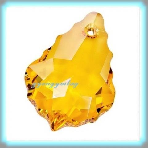 1 swarovski kristály barokk medál 16mm-es GYSWM BA16, Gyöngy, ékszerkellék, Swarovski kristályok, SWAROVSKI KRISTÁLY BAROKK ,  ! Szín :light topaz Méret:16mm  Az ár egy darabra vonatkozik!   Tov..., Alkotók boltja