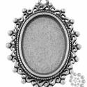 Antikolt ezüst színű ovális csipkés medál kaboson foglalat Nikkelmentes, Gyöngy, ékszerkellék, Fém köztesek, Antikolt ezüst színű ovális csipkés medál kaboson foglalat NIKKELMENTES  Az ár 1 darabra vonatkozik ..., Alkotók boltja