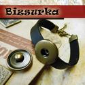 Bronz Noosa karkötő, 7 típus, fekete, Gyöngy, ékszerkellék, Cabochon, 1cm széles műbőrből készült karkötő 1 patentos.  A szerelékeke és a patentalap színe antik bronz.  A..., Alkotók boltja