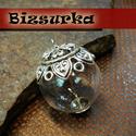 Antik ezüst színű gyöngykupakos üveggömb medál csomag, Gyöngy, ékszerkellék, Fém köztesek, Üveggömb medál készítő csomag. Az alkatrészekből a képen látható modellt készítheted el!  Tartalma: ..., Alkotók boltja