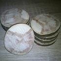 Fakorong - Mogyoró, Fa, Famegmunkálás, 3 - 6 cm átmérőjű, 7 mm vastag fakorongok. 1 csomag 10 db-ot tartalmaz.  Bokorméretűvé növekszik. E..., Alkotók boltja