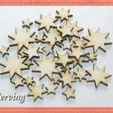 Fa csillag - 40 db négy méretben - 7.5 Ft/db, Dekorációs kellékek, Fa, Famegmunkálás, Fából készült natúr fa csillagok. Az ár 40 db-ra együtt értendő (mind a 4 méretből 10-10 db).  Mére..., Alkotók boltja