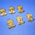 Medál (521/A minta/6 db) - rózsa, Gyöngy, ékszerkellék, Egyéb alkatrész, Medál (521/A minta) - rózsa - arany színben  Mérete: 26x18x3 mm  Az ár 6 darab termékre vonatkozik...., Alkotók boltja