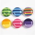 Csíkos műanyag dekor gomb - 14mm-es - 18 db, Gomb, Műanyag gomb, Vidám, ragyogó színvilágú, csíkos dekor gombok a hátsó felületen 1 lyukkal.   Átmérő: 14 mm  Elérhet..., Alkotók boltja