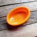 Ovális SOAP lenyomatú szilikon szappanöntő forma , Szerszámok, eszközök, Sablonok, Szappankészítés, SOAP feliratú szappanöntő forma  Anyaga: szilikon  Méret: kb 2cm vastag szappanokhoz A kész szappan..., Alkotók boltja