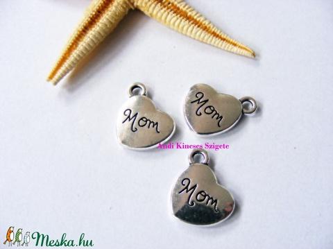 -3 db  Mom feliratos medál 15 mm, Gyöngy, ékszerkellék, Fém köztesek, Alkotók boltja