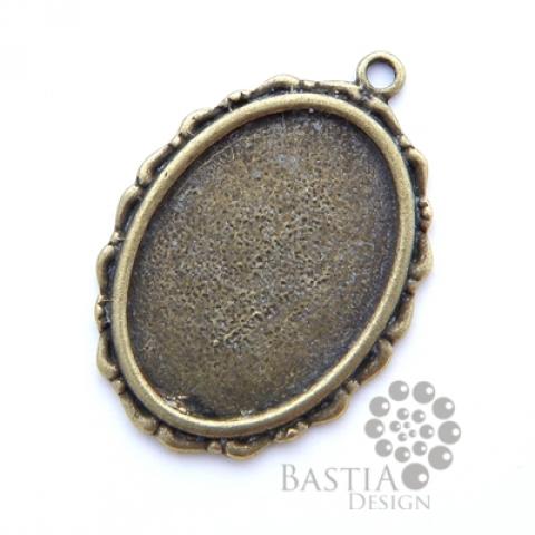 Antikolt bronz Tibeti stílusú ovális medál, kaboson foglalat Nikkelmentes, Gyöngy, ékszerkellék, Egyéb alkatrész, Alkotók boltja