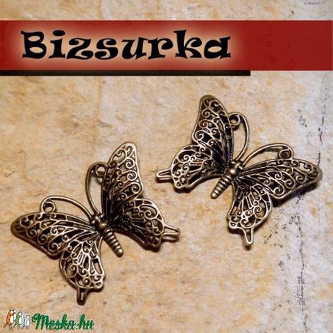2db Antik bronz filigrán pillangó. medál köztes, fülbevaló alap, Gyöngy, ékszerkellék, Alkotók boltja