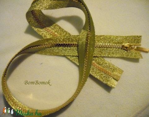 olcsóbban az aranyszínű cipzár 75 cm-es famecsi részére lefoglalva, Textil, Felvarrható kellék, Alkotók boltja