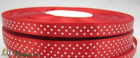 Piros alapon fehér pöttyös szatén szalag, Textil, Szalag, pánt, Alkotók boltja