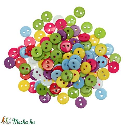 Kerek 9 mm-es két lyukú gombok vegyes színekben , Dekorációs kellékek, Gomb, Alkotók boltja