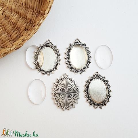 Medál alap + üveglencse - Ovális - Ezüst színű - 4 db, Gyöngy, ékszerkellék, Üveglencse, Alkotók boltja