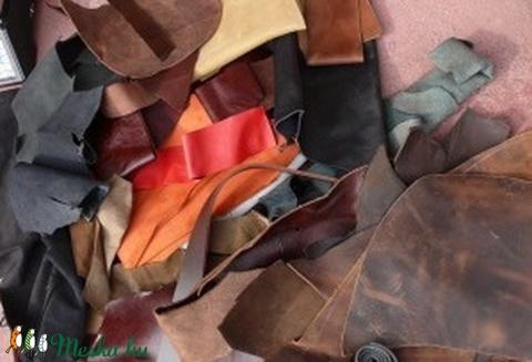 28c9ecba951a Maradék bőr darabok, Vegyes alapanyag, Egyéb alapanyag, Alkotók boltja