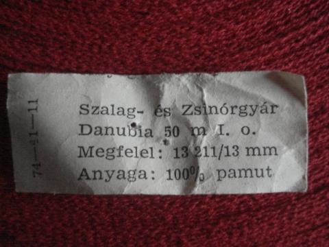 piros Danubia szalag 748c1cea72