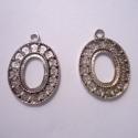 - 2 db Antik ezüst medálalap nikkel és ólommentes, Gyöngy, ékszerkellék, Egyéb alkatrész, Antik ezüst színű medálalap. Nikkel- és ólommentes.  Mérete:  27 x 19 mm Cabochon méret: 14 x 10 mm ..., Alkotók boltja
