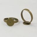 -  5 db/ cs.  Gyűrűalap, antik sárgaréz , Gyöngy, ékszerkellék, Egyéb alkatrész, Ékszerkészítés, Szerelékek, -Gyűrűalap, antik sárgaréz színű. Ólommentes.   A gyűrű mérete 19 x 3 mm. A tárcsa mérete 10 mm.  H..., Alkotók boltja