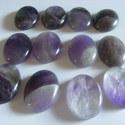 - Ametiszt ásvány, 30 x 22 mm cabochon, Gyöngy, ékszerkellék, Cabochon, Természetes Ametiszt ásvány cabochon. Nem festett, nem színezett.  Befoglalható gyógyítókő.  Méret: ..., Alkotók boltja