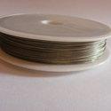 Tigrisbajusz 0,38 mm  50 m / guriga, Gyöngy, ékszerkellék, Drót, Vékony, ezüst színű sodrony.  Vastagsága: 0,38 mm  Hossza: 50 m / guriga Színe: világos ezüst  Az ár..., Alkotók boltja