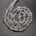 -Hegyikristály chips  természetes, Gyöngy, ékszerkellék, Féldrágakő, Hegyikristály chips. Természetes ásvány. Közepes méretű ásványok.  Méret: 5 x 8 mm Lyuk: 1..., Alkotók boltja
