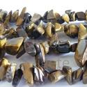 -Tigrisszem splitter 90 cm/szál 8~18 x 6~12 nagyszemű, Gyöngy, ékszerkellék, Féldrágakő, Ékszerkészítés, Gyöngy, Természetes Tigrisszem ásvány.   Nem festett.  Méret: 8~18 x 6~12 (nagyszemű)  Lyuk: 1 mm Szín: sár..., Alkotók boltja