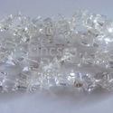 -Hegyikristály chips  8~18mm ,természetes,nagy méretű, Gyöngy, ékszerkellék, Féldrágakő, Hegyikristály chips. Természetes ásvány. Nagy méretű ásványok.  Méret: 8x18 mm Lyuk: 1 mm  Az ár 90 ..., Alkotók boltja