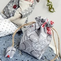 Karácsonyi gömbös - tulipános zsák, Táska, Dekoráció, Karácsonyi, adventi apróságok, Pénztárca, tok, tárca, Erszény, Ünnepi dekoráció, Varrás, Patchwork, foltvarrás, AnneHome - Tulipános zsák - KÉSZLETEN  Karácsonyi gömb mintás pamutvászonból készült több rétegű er..., Meska