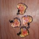 Szív medál, Gyöngy, ékszerkellék, Ékszerkészítés, Méret: 2cm x 2.5 cm, Alkotók boltja