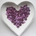 Lila csoda, Gomb, Műanyag gomb, 100 db lila színű műanyag gomb.  Méret:10-15 mm  Ára: 900 Ft / 100 db, Alkotók boltja