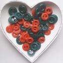 50 db színes gomb karácsonyi színekben, Gomb, Műanyag gomb, Piros és zöld színű műanyag gomb.  Méret:25-30 mm  Ára: 600 Ft / 50 db, Alkotók boltja
