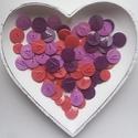 80 db színes gomb, Gomb, Műanyag gomb, Pink és lila színű műanyag gombok  Méret:15-22 mm  Ára: 800 Ft / 80 db, Alkotók boltja