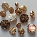 Arany gombok (1.sz.), Gomb, Fém gomb, 14 db arany színű gomb  10-20 mm  1150,-Ft / csomag, Alkotók boltja