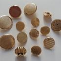 Arany gombok (3.sz.), Gomb, Fém gomb, 14 db arany színű gomb  10-20 mm  1000,-Ft / csomag, Alkotók boltja