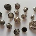 Ezüst gombok (2.sz.), Gomb, Fém gomb, 15 db ezüst színű gomb  10-30 mm  1150,-Ft / csomag, Alkotók boltja