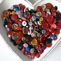 350 db Vegyes gombcsomag, Gomb, Műanyag gomb, 350 db műanyag színes gomb Méret:12-20 mm  Ára: 1500 Ft / 350 db, Alkotók boltja