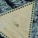 Háromszög 25 cm-es horgolható fa alap - Wood Stitch Collection, Fa, Rétegelt lemez, fa alap, Kötés, horgolás, Festett tárgyak, festészet, Decoupage, szalvétatechnika, Saját ötlet és fejlesztés alapján gyártott horgolható fa alap.  Festhető, lazúrozható, pácolható, a..., Alkotók boltja