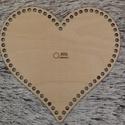 Szív 25 cm-es horgolható fa alap - Wood Stitch Collection, Fa, Rétegelt lemez, fa alap, Kötés, horgolás, Saját ötlet és fejlesztés alapján gyártott horgolható fa alap.  Festhető, lazúrozható, pácolható, a..., Alkotók boltja