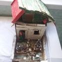 Dobozház, , Papírművészet, Kartonból készített ragasztott festett,disztárgy.mAGASSÁG 20 CM ,16 CM SZÉLES ÉS TELJES HOSSZ 29 CM..., Alkotók boltja