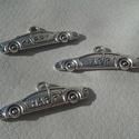 Autó medál, Tibeti ezüst színű medálok. Méret: 26*9 mm 1 ...
