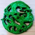 sárkányos díszgyertya, Dekorációs kellékek, Gyertyaöntés,  Kínában már az ókor előtt megjelent a sárkány-tisztelet és a legértékesebb kőzet, a jádekő használ..., Alkotók boltja