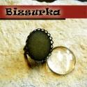 Antik bronz hullámos szélű gyűrűalap + üveglencse 25mm, Gyöngy, ékszerkellék, Antik bronz gyűrűalap ragasztható tányérral. A gyűrű ragasztható padja kerek, koronás. Az üveglencse..., Alkotók boltja
