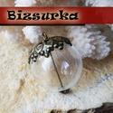 Antik BRONZ színű gyöngykupakos üveggömb medál csomag, Gyöngy, ékszerkellék, Fém köztesek, Üveggömb medál készítő csomag. Az alkatrészekből a képen látható modellt készítheted el!  Tartalma: ..., Alkotók boltja