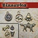 Kutyás medál csomag / 2 típus, Gyöngy, ékszerkellék, Egyéb alkatrész, Ékszerkészítés, Antik bronz kutya csomag  1.csomag tartalma: - 1db csont köztes 23x11 mm - 1db kutyatál 15x11 mm - ..., Alkotók boltja