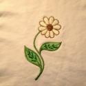 hímzett virágos anyagblokk, Textil, Felvarrható kellék, Varrás, Textil, Ezt a virágot kivágtam egy nagyobb anyagból, hogy újrahasznosítsam.  Eddig még nincs rá ötletem, ez..., Alkotók boltja