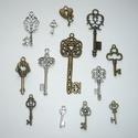 Nagy kulcs kollekció - ezüst, réz színű vintage függő (medál) gyűjtemény, Gyöngy, ékszerkellék, Fém köztesek, Különleges kulcs medál válogatás!!!  Szép ezüst és réz színű, kulcs medálokat válogatta..., Alkotók boltja