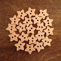 Csillag alakú natúr fa gombcsomag - 20 db (14 Ft/db), Gomb, Fa, Natúr színű, fából készült, csillag alakú gombcsomag. A csomag 20 db gombot tartalmaz.  Méret: ~ 1-1..., Alkotók boltja