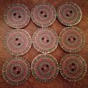 Mandala mintás fagombok - 9 db, Fa, Gomb, Mindenmás, Varrás, Gomb, Színes mandalákkal díszített, fából készült gombcsomag.  A csomag 9 darabot tartalmaz a képen látha..., Alkotók boltja