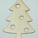 Fa karácsonyfa 6 cm 60 Ft/db, Dekorációs kellékek, Fa, Fából készült natúr karácsonyfa. Az ár 5 db-ra együtt értendő.  Mérete: 6 cm  Kérésre e..., Alkotók boltja