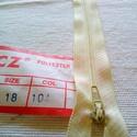 18 cm cipzárak, Csat, karika, zár,  CCZ poliészter cipzár. Méretszáma(Item/Size): no. 3. Hossza(Lenght): 18 cm. Vietnámi gyártmá..., Alkotók boltja