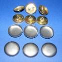 Fém gomb alap (36. méret/6 db), Gomb, Fém gomb,  Fém gomb alap (36. méret)  A csomag tartalma 6 darab behúzható fém (alumínium) gomb alap (alsó és f..., Alkotók boltja
