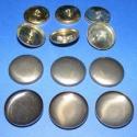 Fém gomb alap (45. méret/6 db), Gomb, Fém gomb, Mindenmás, Fém gomb alap (45. méret)  A csomag tartalma 6 db behúzható fém (alumínium) gomb alap (alsó és fels..., Alkotók boltja